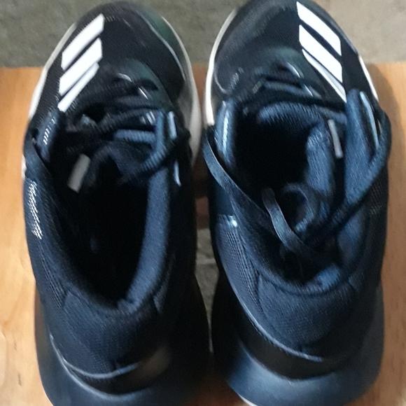 Boys Size 5 Ortholite Basketball Shoe